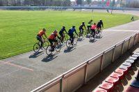 Rennradkurs: Gruppefahren lernen auf der Radbahn